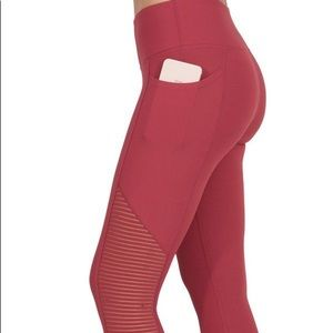 90 Degree 7/8 Legging with Side Pocket